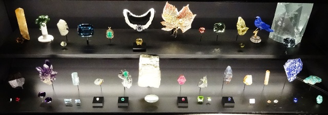 Gemstone display at the Canadian Museum of Nature. Photo by Alan Viau
