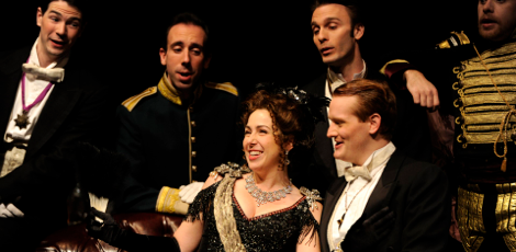 Keenan (left) in Toronto Operetta Theatre's production of Merry Widow