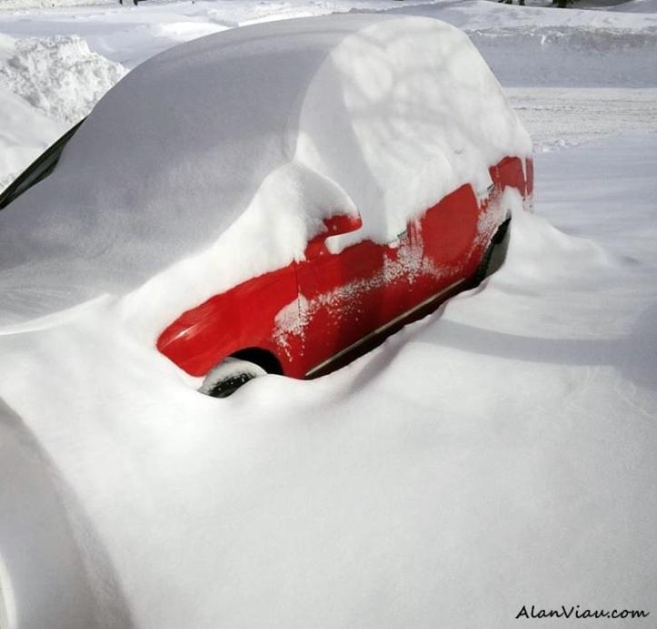 Car in Snow2