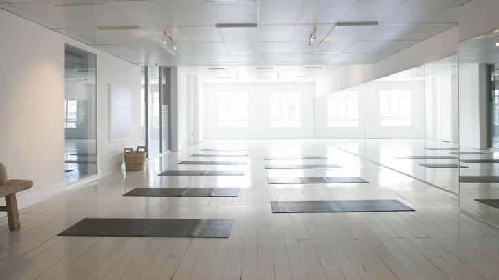 Must Have Yoga Studio Design Ideas And Essentials